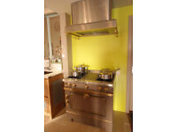 La Cornue Grand Maman 90 including extractor