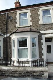 LOVELY FOUR BED HOUSE FOR RENT - PROFESSIONALS OR STUDENTS Moy Road, Cardiff, CF24 4TD £1250 pcm