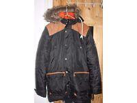 Black Padded D-Struct Project Puffer Puffa Winter FUR coat Jacket Mens Size S or Boys XL. Waterproof