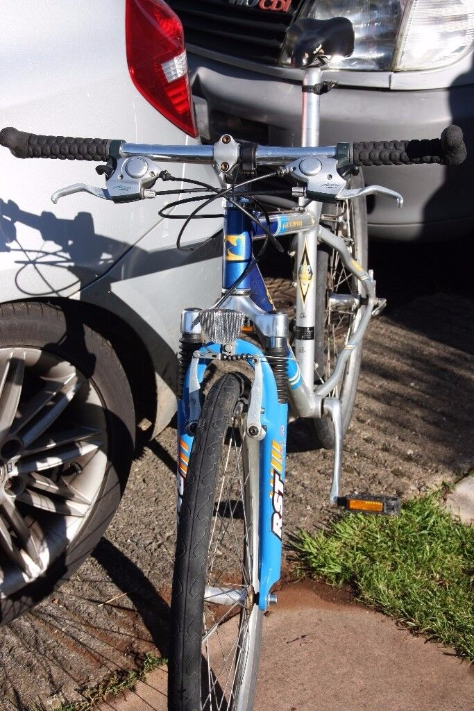 Dawes Acoma Men's / Boys Small Hybird / Town / Commuting Bike - 18 Gears, Slick Tyres,