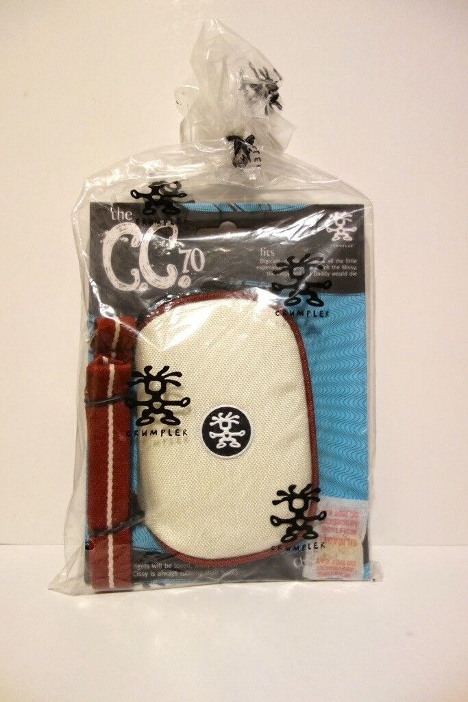 Crumpler C.C.70 gadget pouch with strap (Zip case for phone, mp3, camera etc.)