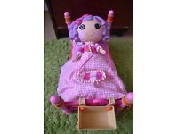 La La Loopsie Doll and Bed