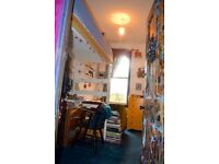 Nice room for visual artist in colourful art house in Dalston sharing with other artists
