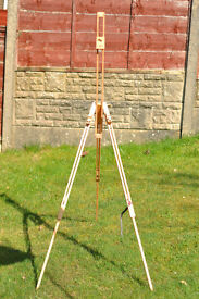 Artist's Easel. Never been used.