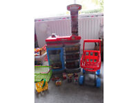 play shop and trolley/basket and some food