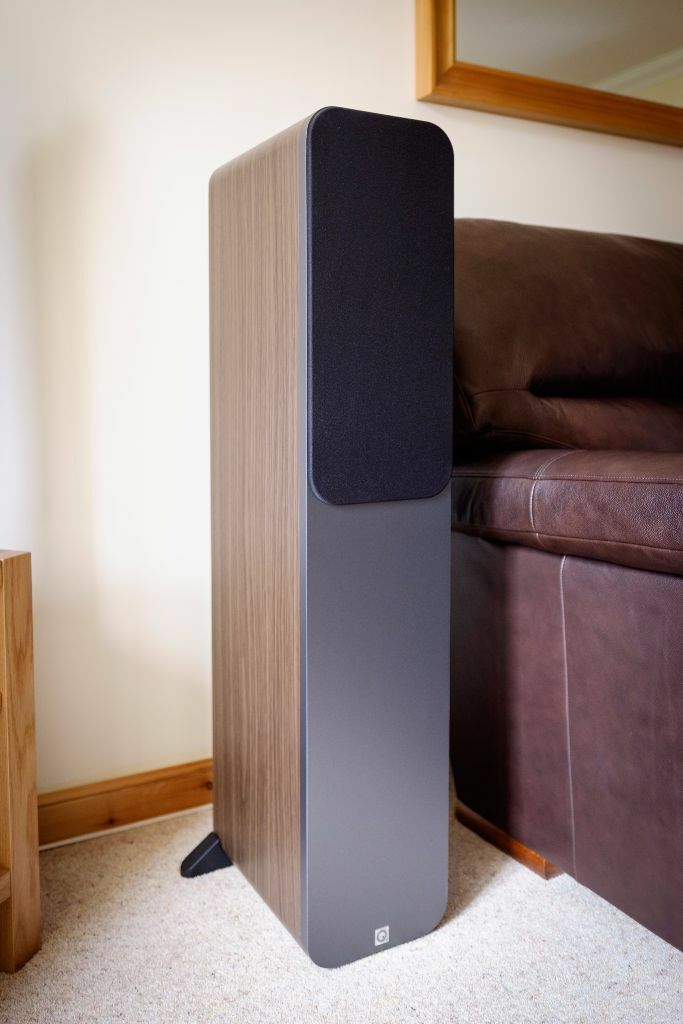 Q Acoustics 3050 Floor Standing Speakers 1 Pair In
