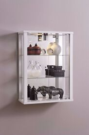 EX-DISPLAY HOME OR RETAIL WALLMOUNTED LOCKABLE GLASS DISPLAY CABINET IN WHITE EX-DISPLAY CABINET.