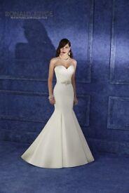 UNWORN Ronald Joyce wedding dress size 10