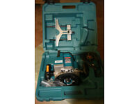 Makita 3612C Router with case Plus free router table.