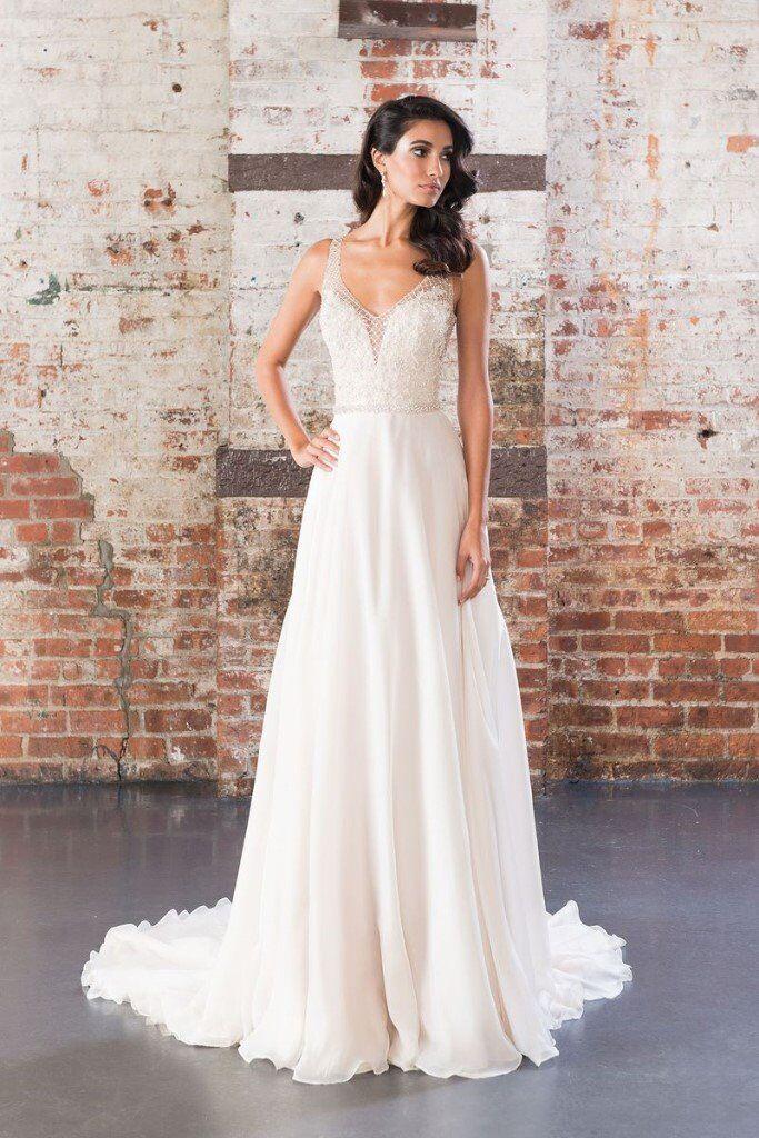 db77c1ffccc Brand New Justin Alexander Signature 9849 Ivory Silk Beaded Wedding Dress  Sweetheart uk 8 - 10 £2400