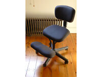 Office kneeling chair with back support