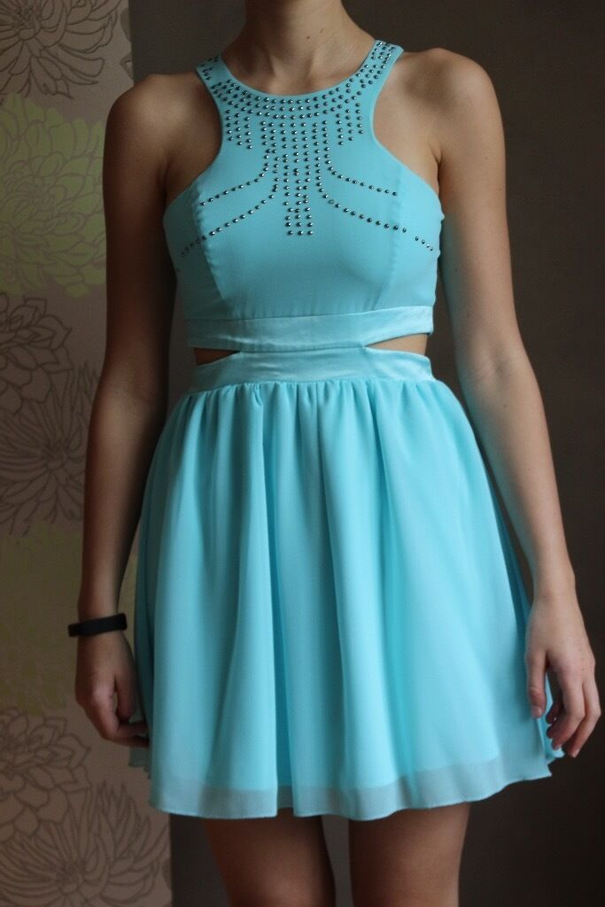 Lipsy of London Party Dress, Size 8in Benfleet, EssexGumtree - This stunning pale blue Lipsy party dress in a size 8, would suit all occasions. Worn once, in perfect condition. Studded beading to front of dress