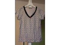 Fan-pattern t-shirt Size 10
