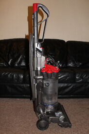 DYSON DC33 HOOVER UPRIGHT HEPA BAGLESS VACUUM CLEANER