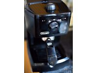 De'Longhi EC145 Coffee Machine / Espresso Cappuccino Maker - Black
