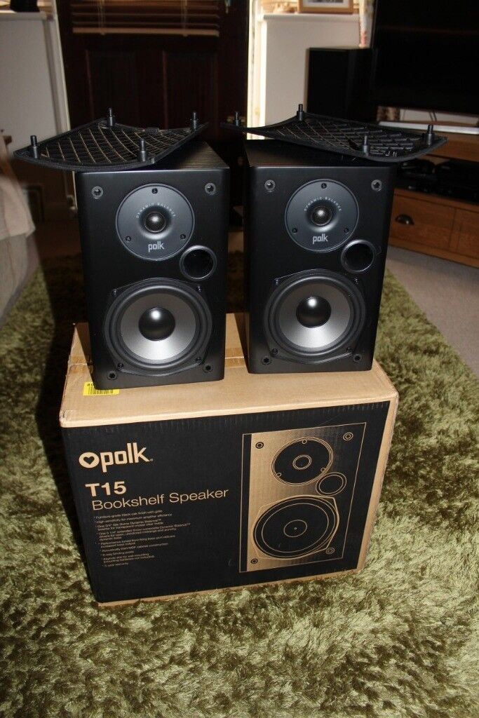 Polk T15 Audio Speakers In Excellent Condition Boxed Together With Stands