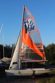 Topper Vibe sailing dinghy