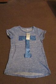 Girls blue t shirt