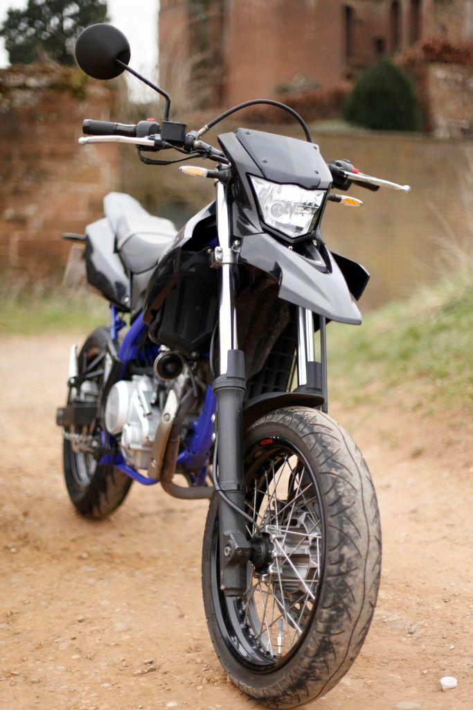 yamaha wr125x 2014 low mileage wr 125 wr125 supermoto cbt road legal not wr125r in coventry. Black Bedroom Furniture Sets. Home Design Ideas