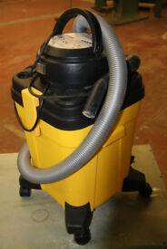 SMC Model W600S (Dry Only) Vacuum