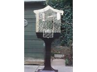 Bird cage on stand very good condition