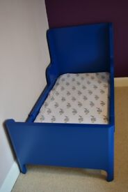 Almost New Kid's Extendable Bed Blue
