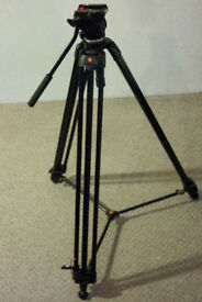 Manfrotto TRIPOD 701 HDV Fluid Head