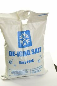 white De-icing salt in 10Kg polythene carry sack