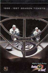 1996-97-ANAHEIM-MIGHY-DUCKS-SEASON-TICKET-BOOK-EMPTY-TEEMU-SELANNE-PAUL-KARIYA