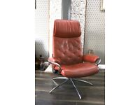 EKORNES STRESSLESS METRO CHAIR LESS THAN 18 MONTHS IN PERFECT CONDITION COST £1200.
