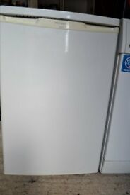 Free Standing Under Counter White Fridge with Freezer Compartment
