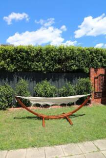 Brand New – Solid Timber Frame and 100% Cotton Hammock Set