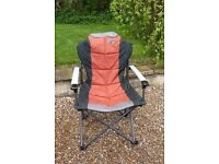 2 x BRAND NEW Quest Elite Comfort Plus Folding Outdoor Chair - Red