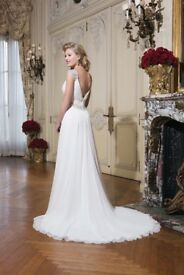 Justin Alexander 8775 Ivory Chiffon A-Line Wedding Dress with embellishment size 12/14