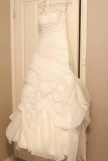 Wedding dress with veil **NEW** Burton Salisbury Area Preview