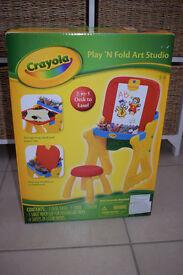 Crayola play n fold art studio