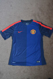 Manchester United Training Shirt for Sale