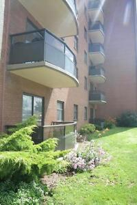 3063 Kingsway Drive - Two Bedroom Apartment Apartment for Rent Kitchener / Waterloo Kitchener Area image 5