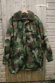 SERBIAN ARMY - Oakleaf CAMOUFLAGE Winter PARKA - Size Large (with sheepskin collar, hood, fleece)