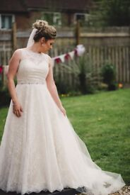 Justin Alexander wedding dress 8857