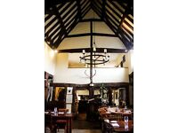 Waiting/Bar Staff for Award Winning Country Restaurant - Live In - 10 mins Oxford City Centre