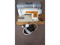 Frister + Rossmann Sewing machine