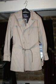 River IslandTrenchcoat / Mac Brand New size Mens Large, Cream stone colour Coat