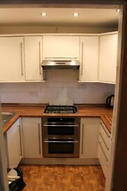 1 Bed Flat To Let in Dennistoun, Ideal For A Professional Single or Couple