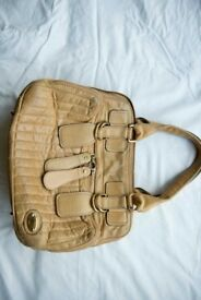 Chloe Bay Bag in beige leather. ( Used )