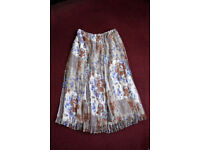 Women's Changes by Together Gathered Skirt size 14,