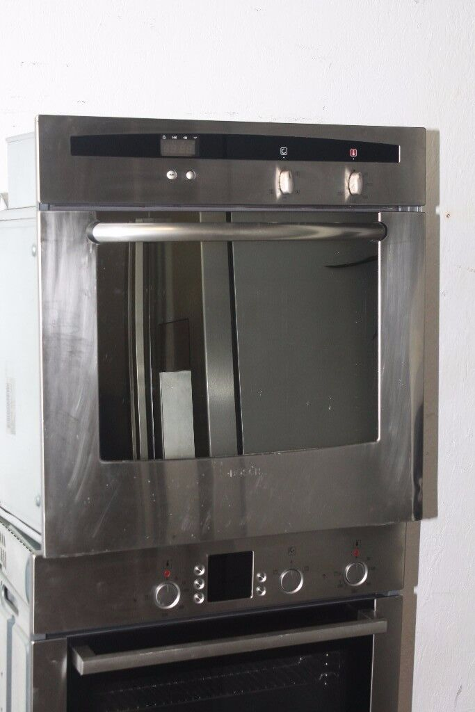 Neff/Bosch Built-In Single Oven Digital Display Good Condition 12 Month Warranty