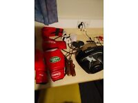 Boxing kit on sale: gloves 12 oz, jumping rope, helmet, bag mits, handwraps. Best price-quality!