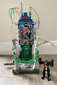 Spiderman & Venom Web City Showdown Playset