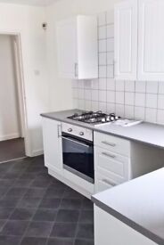 newly developed 2 bed ground fl apt Waterloo, L22 1RR, rear garden, off road pking, close to marina